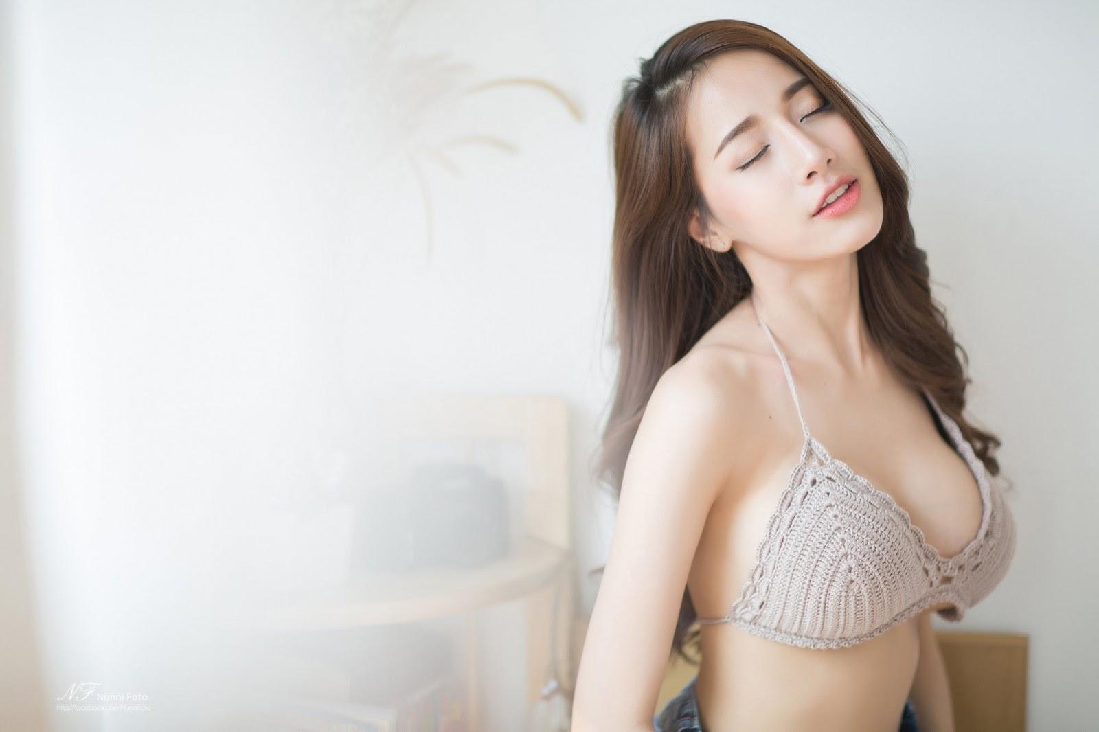 naked Japanese girl