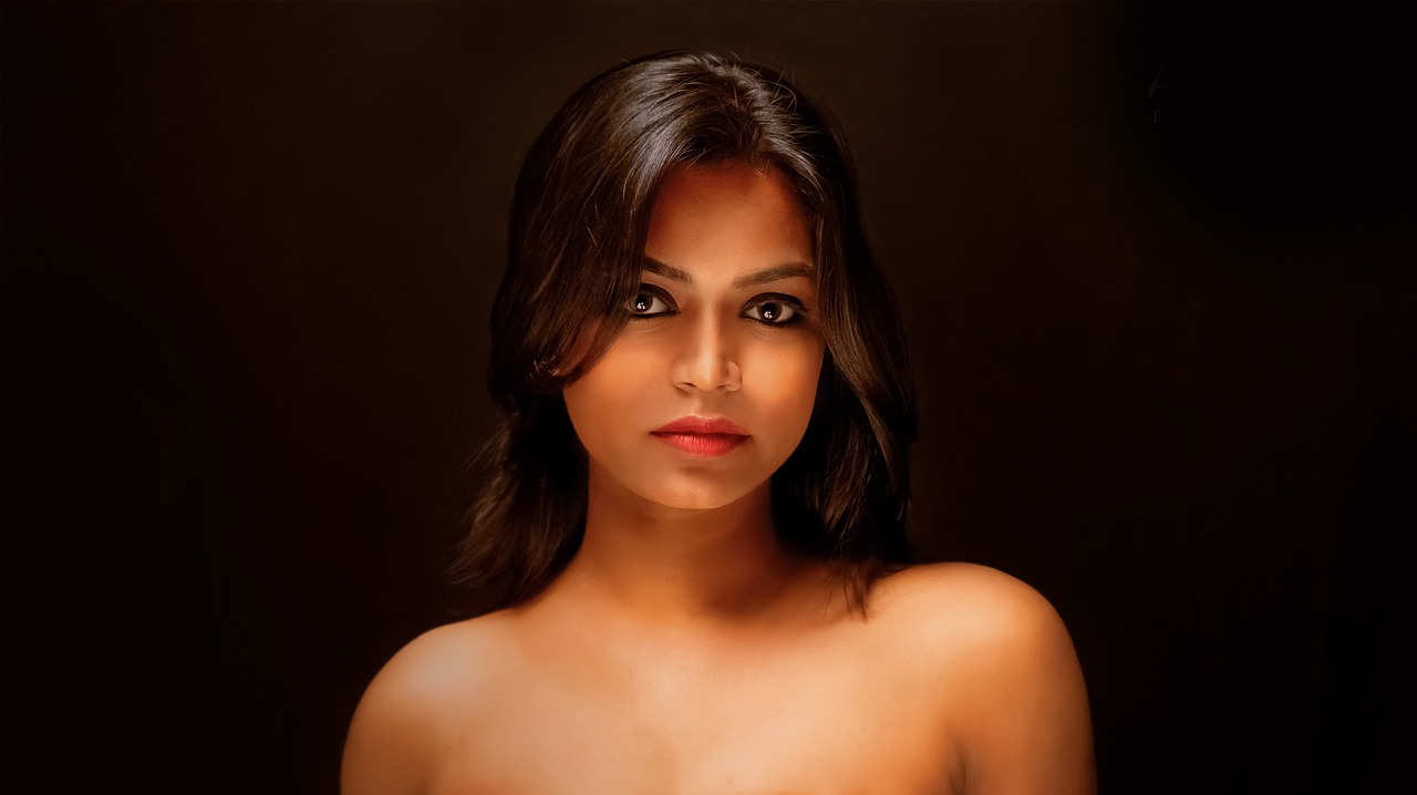 hot Sri Lankan woman