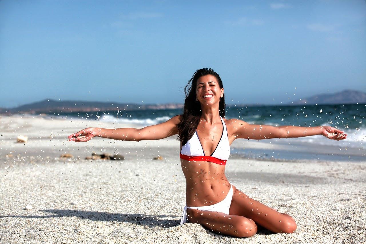 latin happy Puerto Rican woman