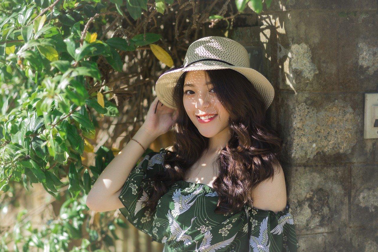 Filipino girl in hat